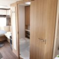 Bürstner Averso 570 TS - Baño independiente
